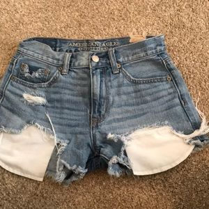 High waisted American eagle distressed jean shorts